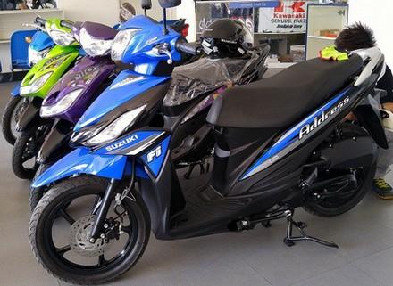 sepeda motor matic paling irit 2015